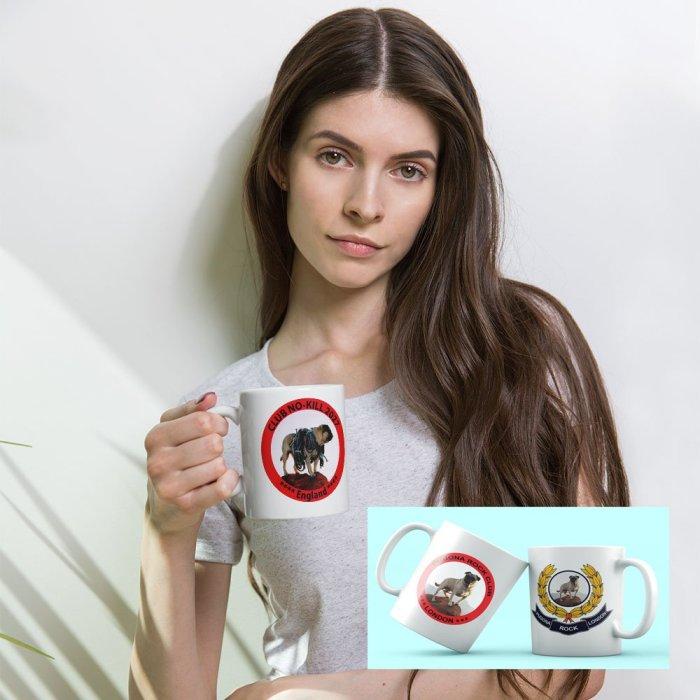 a model with mug2101045720..jpg